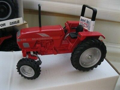 McCORMICK 1/16 C70 TRACTORDIE-CASTSPECIAL EDITION Scale Models FB-2609