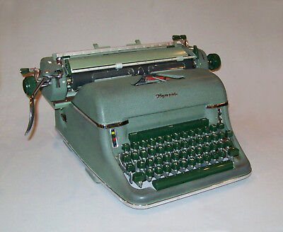 Old Vtg 1950s Olympia SG1 Manual Typewriter German Green Very Clean Works Great