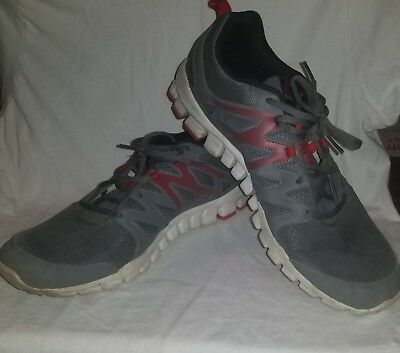 3555a66f826f62 Pre-Owned Reebok Men s Realflex Train 4.0 Athletic Shoes Grey Red White Size