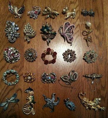 Job Lot Collection of Vintage and Modern Brooches.