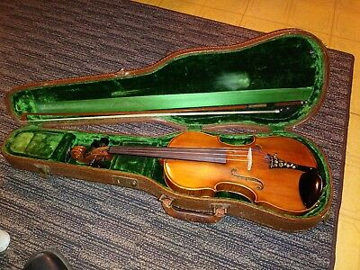 Antique Violin w/ Case Made In Czechoslovakia Tag Signed E ------ Schmidt > NICE