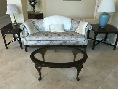 Ethan Allen end table Georgian court
