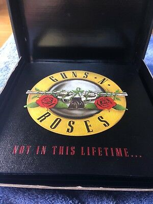 Guns N' Roses 2017 Not In This Lifetime Tour VIP Hardcover Book Set NEW