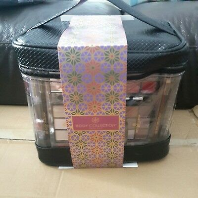 Women's Large Beauty Case Cosmetics Lovely Make Up Set Compact Travel Kit Gift