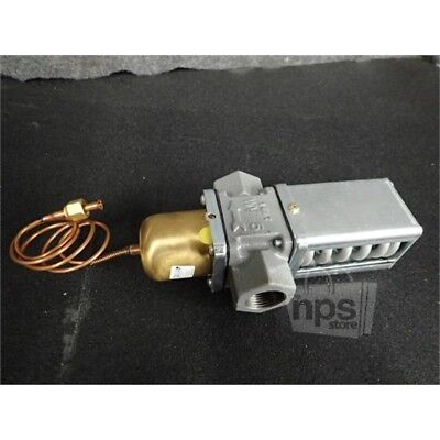 Johnson Controls V46AD-1C Water Regulating Valve, 2 Way, 1in