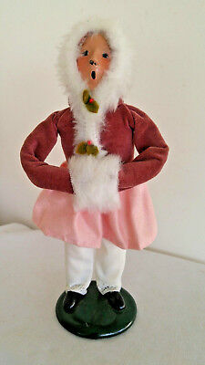 Vintage Byers' Choice Young Girl Caroler With Fur Hood And Muff ~~ 1989