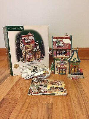 DEPT 56 North Pole Series Jack In The Box Plant No. 2 Lighted House # 56.56705