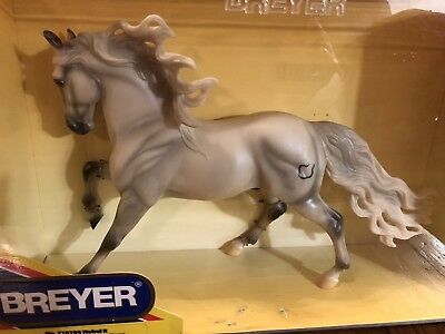 Breyerfest 2004 Celebration Model # 710104 Breyer Nobel II  (4500 made)