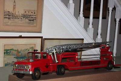 Vintage 1960's Tonka Hook & Ladder TFD LIFE NET  fire truck NO. 5