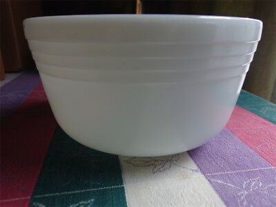 Vintage large pyrex milk glass ribbed mixing bowl for Hamilton Beach stand mixer