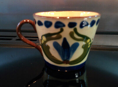 """Watcombe Torquay Motto Ware """"Downtee Be Fraid a'ut Now"""" small cup"""