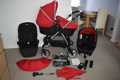 Travel System 3in1 Silver Cross Wayfarer in Red inc Car Seat and accessories