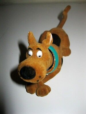 NEW 6 inch Scooby Doo likeness bobblehead nodder flocked finish Laying Down MIP
