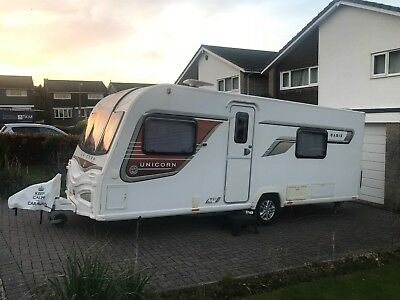 *MINT CONDITION* Bailey Unicorn Cadiz 2014 Model Twin Fixed Beds 4 Berth Caravan