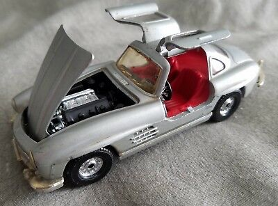 Vintage CORGI Silver 1950's Mercedes Benz 300SL Gull Wing Roadster Die Cast Car