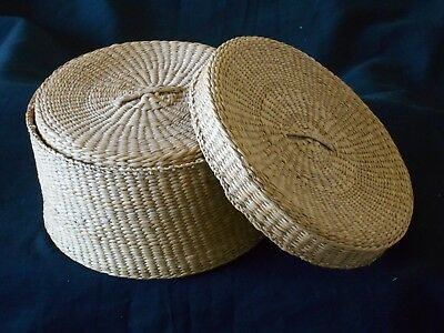 Vintage Sweet Grass Nesting Baskets Set Of 4 Round with Lids Tight Weave