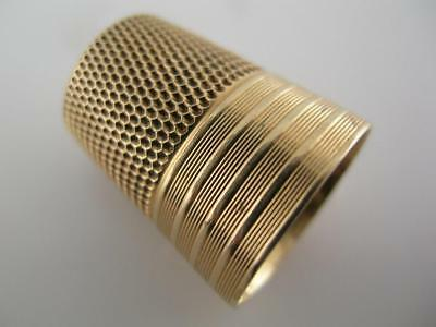 heavy 14K Gold THIMBLE w/ engraved horizontal line patterns