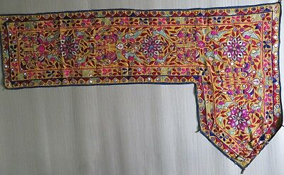 VTG TEXTILE kutch FIGURE EMBROIDERY COLORFUL WALL HANGING Tradition ART INDIA L