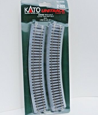 """Kato Unitrack HO Scale 2-220 Curved Track 610 mm [24""""] Rad. 22.5*. 4 Pieces New."""
