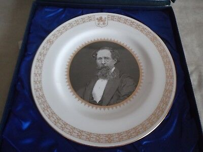 Spode ~ Charles Dickens ~ Plate In Presentation Box   ~ 27 Cm