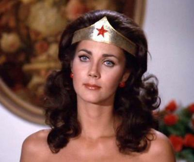 Lynda Carter Looking Away With Head Tilted 8x10 Quality Photo Print