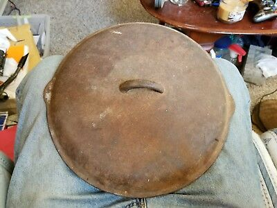Vintage 13 1/2 Inch Cast Iron Dutch Oven/Skillet Heavy UNMARKED LID TOP