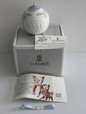 Vtg Lladro Porcelain Christmas Ball Ornament 1991 Box Ribbon & Paper Never Hung