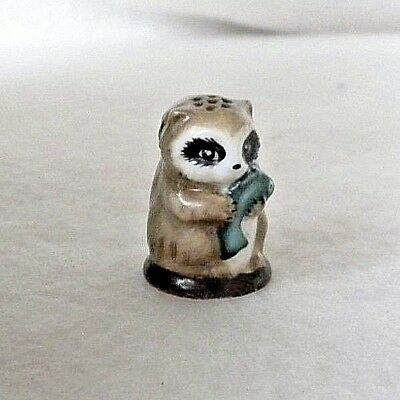 Friends of the Forest Franklin Mint 1982 Porcelain Thimble, RACCOON, MINT Cond.