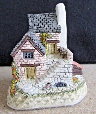 Vintage David Winter Cottages - THE COBBLER - 1990 - Hand Made in England