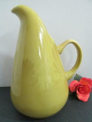 Beautiful Russel Wright Chartreuse Mid Century Pitcher Steubenville Oh  Kt3952