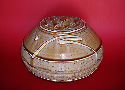 Early Signed JIM CONNELL Studio Art Pottery Lidded Covered Bowl Box Vessel