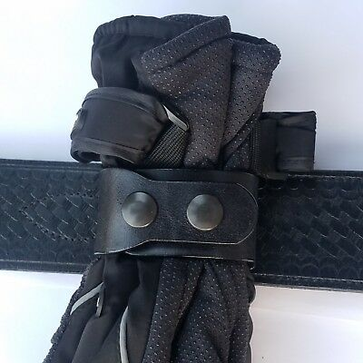 Duty Gloves holder, Fits 2-1/4 Duty Belt (For Medium to Heavy padding gloves)