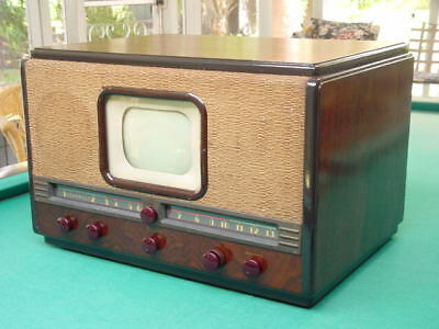 "Vintage 1940's Belmont 22A21, 7"" Table Top TV"