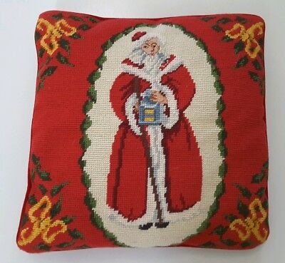 Vintage Old World Santa Christmas Needlepoint Pillow 14x14 with Petit Point