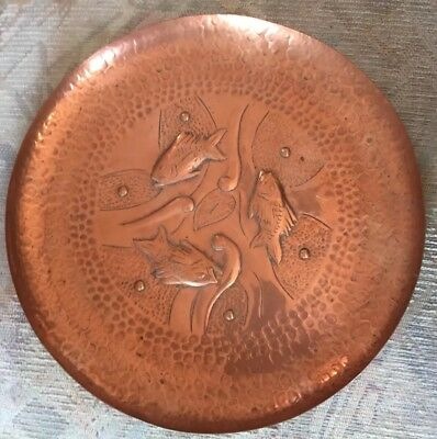 """Newlyn Arts & Crafts Copper Hammered Wall Plate Decorated Fish & Seaweed 11"""""""