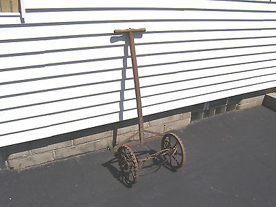 ANTIQUE ROTARY MOWER AUTOSICKLE Co. , ALLCUT MODEL, PAT. 1623433, S. NATICK MA