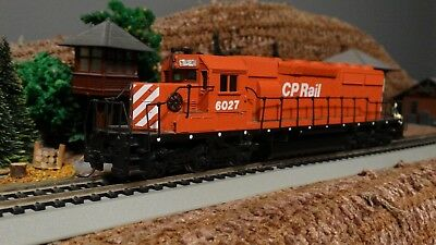HO Scale  Athearn  CP Rail Canadian Pacific SD 40-2 Locomotive Lot K 35