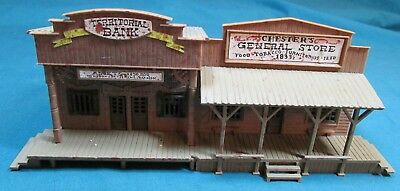 Bachmann HO Scale General Store and Bank – Assembled – Good Condition