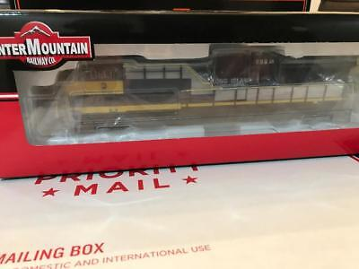INTERMOUNTAIN Ho Scale Locomotive LongIslandRailRoad ES44AC 999 custom painted