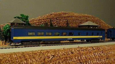 HO Scale New CN VIA RAIL  Lancaster  Dining Passenger Car  Lot E 10
