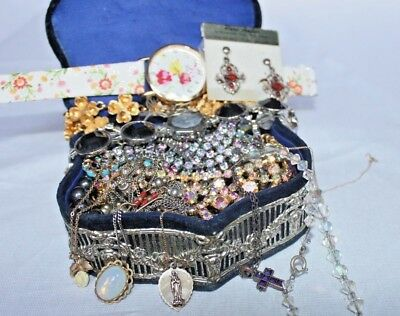 Huge Job lot of Good Vintage and Antique Costume Jewellery - Unchecked Condition