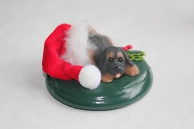 Byers Choice Caroler Dog---Puppy with Santa's hat  NOS 2006