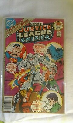 Giant DC JUSTICE LEAGUE OF AMERICA #142 some wear Superman Batman 1977