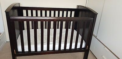 Boori cot bed classic ranch walnut excellent condition