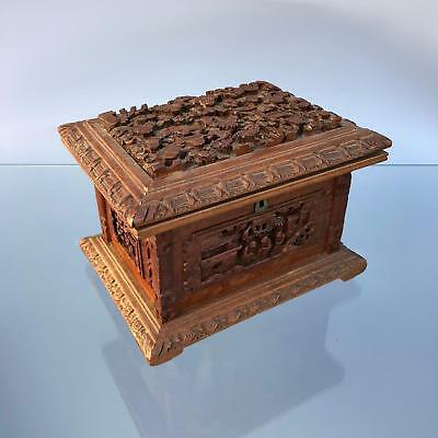 Nice antique CANTON SANDALWOOD BOX hand carved Chinese WOODEN JEWELLERY CHEST