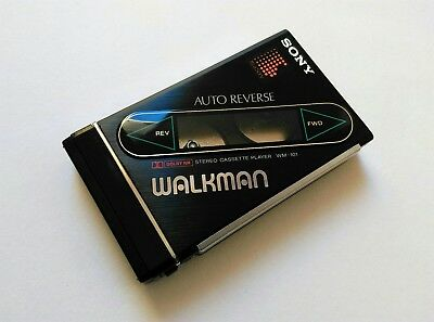 Sony WM-101 Walkman 1980'S 90'S Tape cassette player- retro vintage