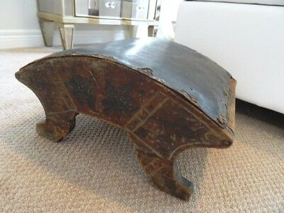 ANTIQUE Eastlake STOOL primitive gout CANADIANA carved MAPLE LEAVES Maria 1800s