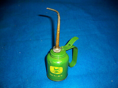 John Deere vintage oil squirt can Part # JD91 good condition some small dents.