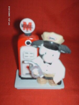 """Mary's Moo Moos Figurine """"You Fill My Tank With Love """" #929964 Cow With Gas Pump"""