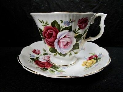 Royal Albert  -  ROSE Pattern  -  Cup and Saucer